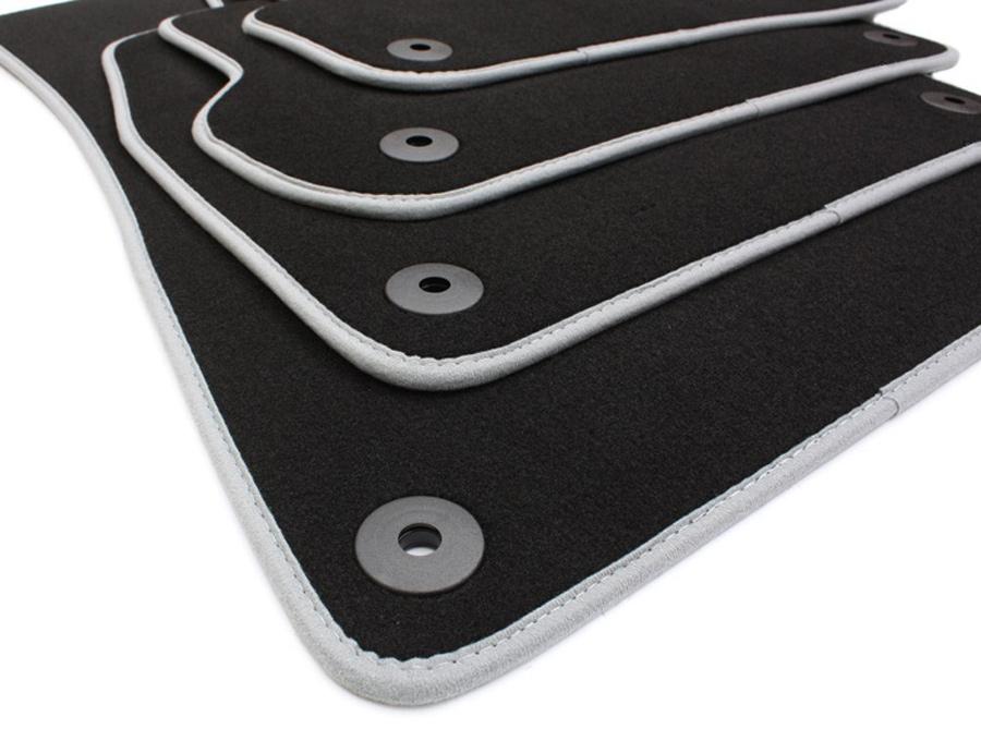 neu audi s line a3 8p fu matten rs3 s3 matten velours. Black Bedroom Furniture Sets. Home Design Ideas