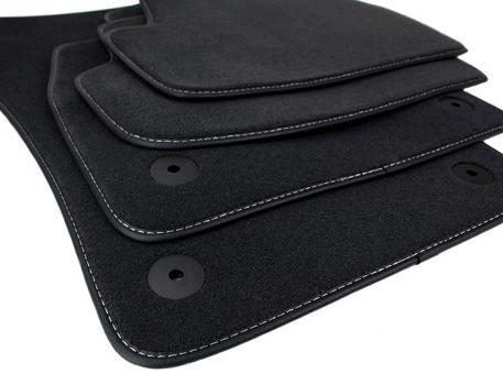 Fußmatten passend für VW Golf 7 VII Velours Premium Qualität Leder Rand schwarz/silber 4-teilig
