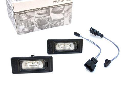 Original Audi LED Kennzeichenbeleuchtung + Adapter Leuchten A1 A4 S4 A5 S5 A6 S6 A7 S7 Q5 SQ5 TT