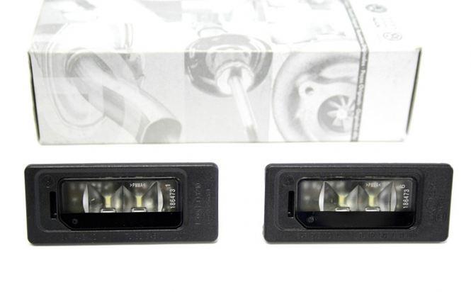 Original VW LED Kennzeichenbeleuchtung 3AF943021A (Golf Jetta Sharan Touareg Passat)