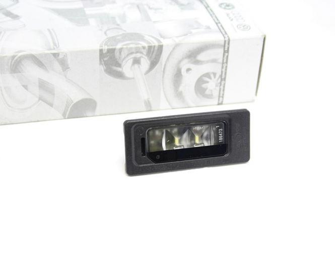 Original VW LED Kennzeichenbeleuchtung 1x 3AF943021A (Golf Jetta Sharan Touareg Passat)